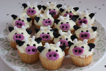 cow cupcakes: Cows Cupcakes, Birthday, Purple Cows, Dairy Farms, Cupcakes Ideas, Cake Decor, Cupcakes Cak, Animal Cupcakes, Cupcakes Rosa-Choqu