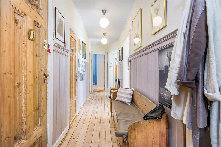 FINN – MAJORSTUEN: Klassisk 4-r leilighet med stukkatur, rosetter og 2 ildsteder. Moderniseringsbehov. Inng. fra Trudvangveien.