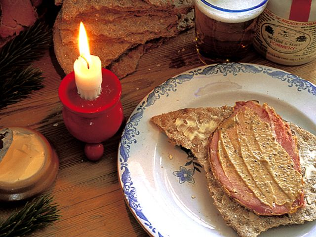 Ugnsbakad julskinka med senapsgriljering (kock Anna och Fanny Bergenström)
