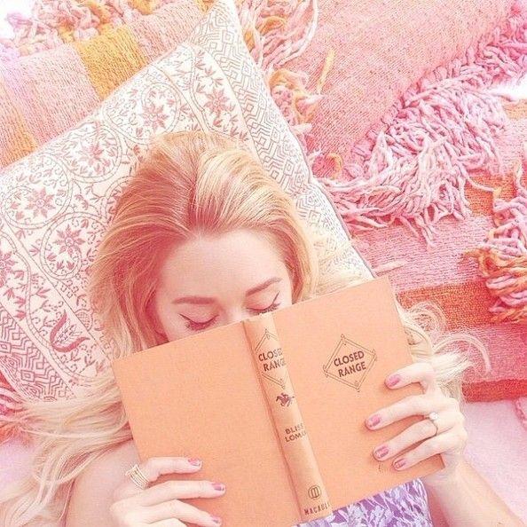Lauren Conrad is a reading/ sleeping beauty
