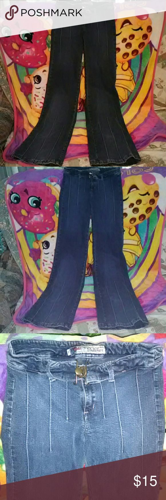 Atm atmosphere These are pretty awesome their Brazilian jeans in extra large!!! Did you have some stretch to them there's 33 inches long the really long on me!!! Has a cute little belt going around them but just in the front !!or them for a few but with them being them too long i dont want to ruin them Atmosphere Jeans