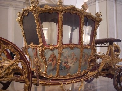 Marie Antoinette wedding carriage