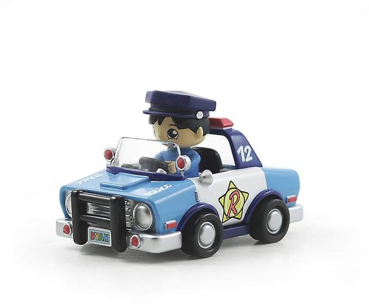Bonkers Toy Co Llc Ryan S World Ryan S Police Car Vehicle Figure Set Police Cars Car Hoist Lifted Cars