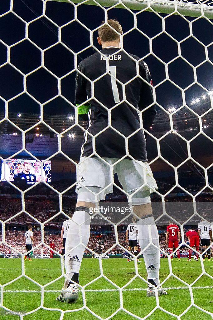 Donnerstag , Europameisterschaft in Frankreich, Saint Denis, Deutschland - Polen, 0:0, Torwart Manuel Neuer
