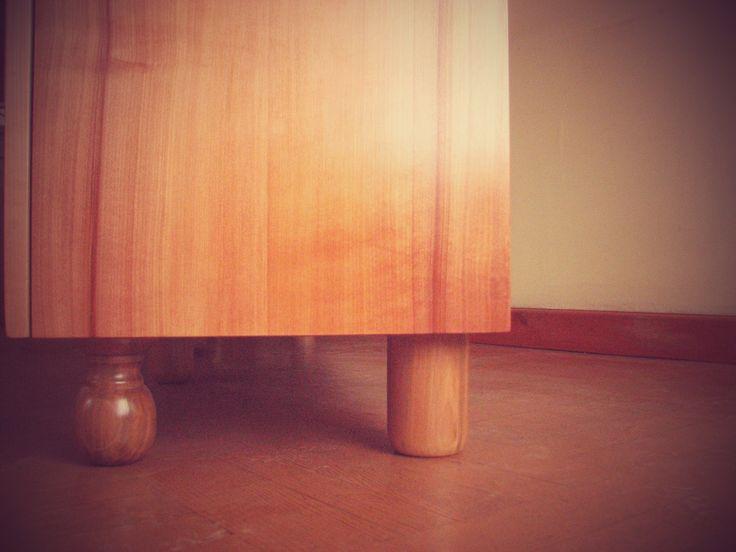 soportes, madera de raulí.