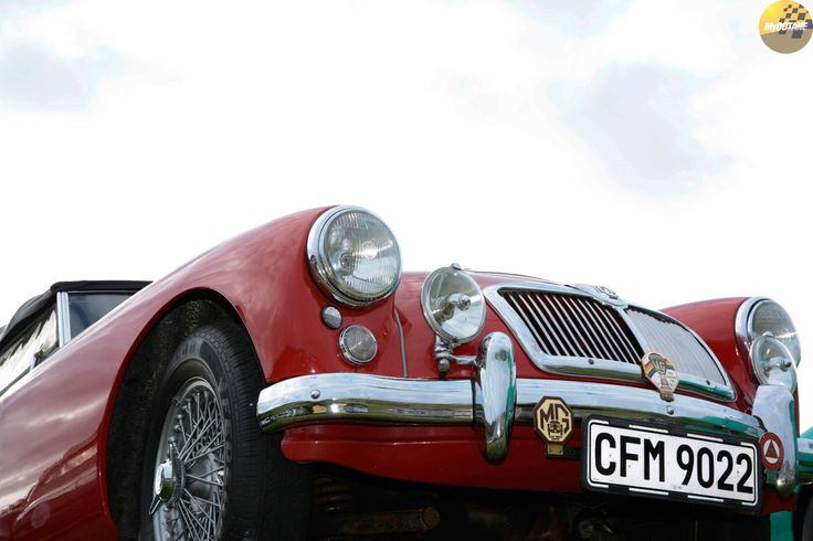 Touching Heaven... #MG @KnysnaMotorShow #KnysnaMotorShow #IG @nicburns007 #VCI @vintagecarimporters @My_Octane Stills by @cousinphotos #MyOctane #ClassicCars #VintageCars #carphotography #automotivephotography #carsofinstagram #carlovers #carlifestyle #cargram #landscapephotography #landscapelover #landscape_captures #landscapes #landscape_photography