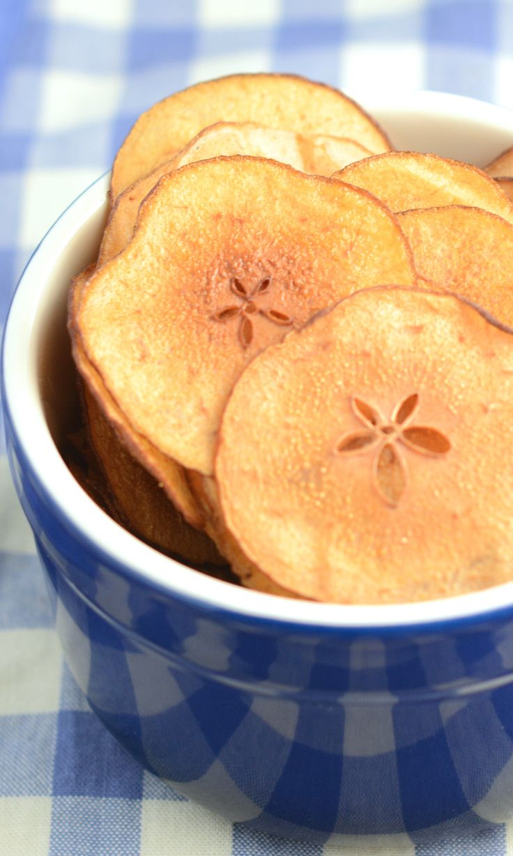A delicious, fruity alternative to crisps for your little ones to enjoy. Really easy to make and no nasty added extras.