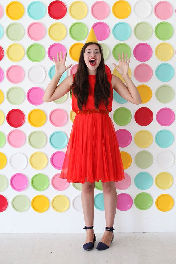 Paper Plate Backdrop