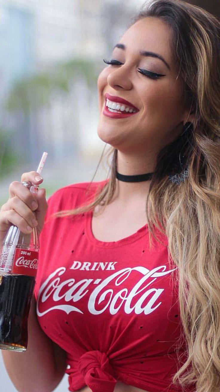 topless-girls-blowjob-coke-cola-jada-fire-throat-fucked