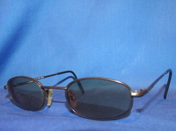 classic designer frames at a low price