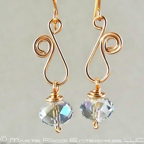 Zafiro Swarovski pendientes de cristal de cobre del alambre del remolino 0.1187 | MartieRocco - Joyas en ArtFire