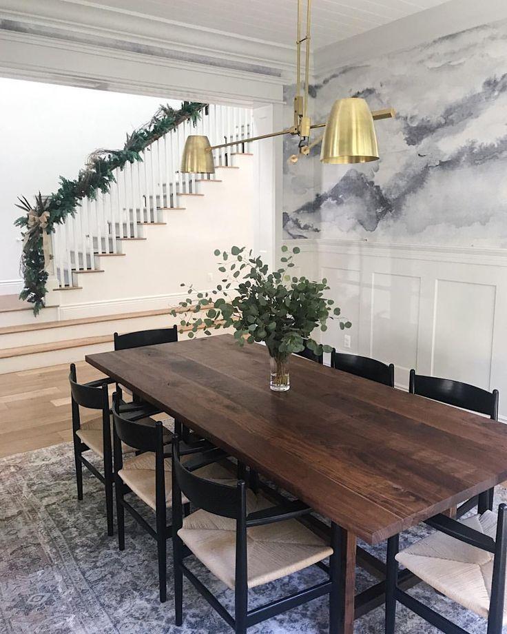 Dining wallpaper