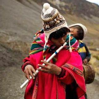 """Hoy 15 de junio celebramos el ""día de la canción andina""  _________________________________ Foto: noticias.terra.com  #travel #travels #traveler #travelers #traveling #travelblogger #travelphotography #traveldiaries #travelblog #travelgram #travelling #instatravel #natureza #naturelovers #naturephotography #music #traditional #backpack #backpacker #backpacking #backpackers #luxury #destination #southamerica #peru #people #cute #love"" by @peruvian_ambassadors (Peruvian_ambassadors). #turismo…"