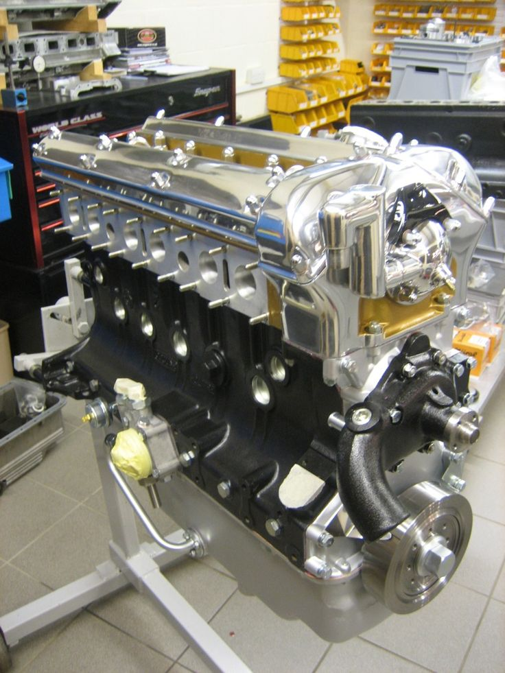Jaguar XK engine 1948-1987.Pistonheads