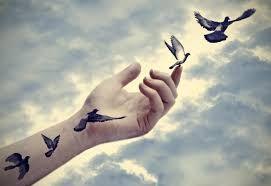 Det å gi slipp på noe er ikke å glemme, eller at du ikke tenker på det eller ignorere det. Det legger ikke igjen sinne, sjalusi eller anger. Det og gi slipp han