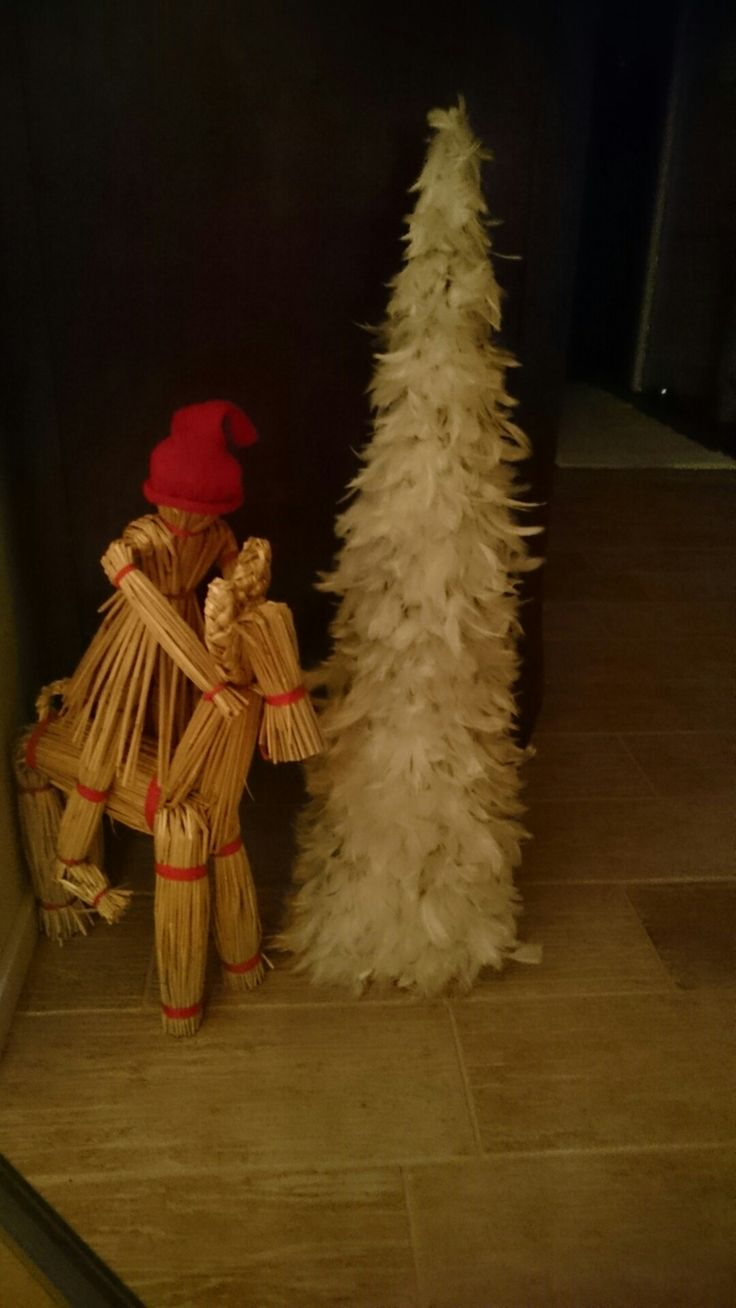 Xmastree (about 60 cm) has been made of feathers (feathers from pillow)