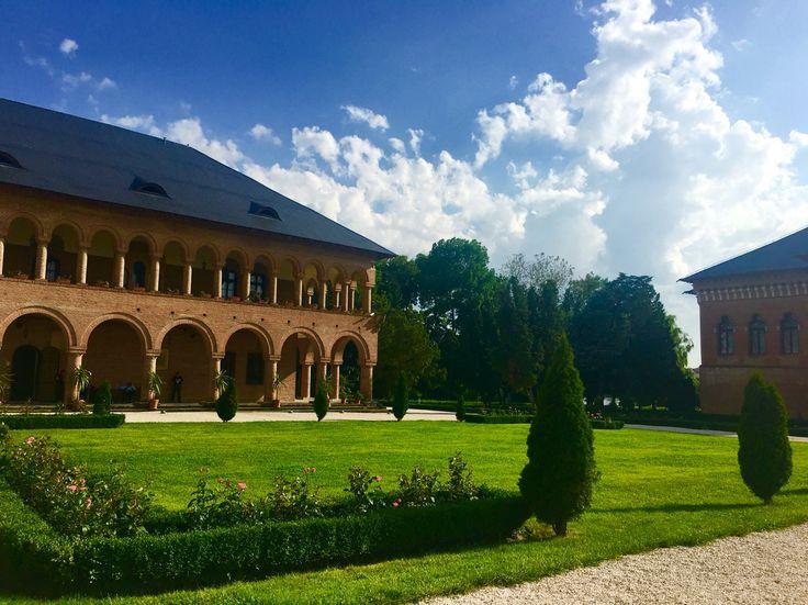 Palatul Mogoșoaia, București