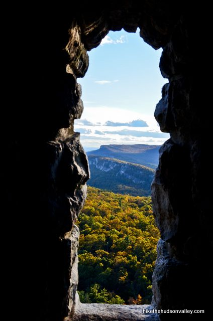 Mohonk Mountain House: Labyrinth and Lemon Squeeze | Hike the Hudson Valley
