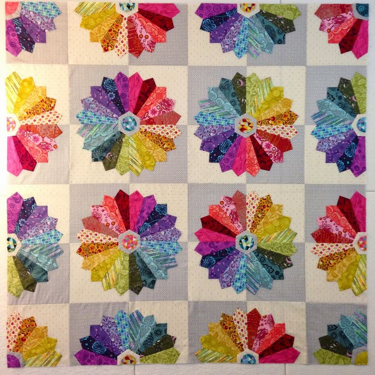 507 Best Dresden Plate Quilts Images On Pinterest