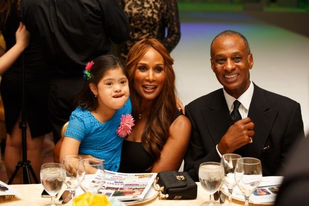 Beverly Johnson on the runway   Global Down Sydrome Foundation hosts 'Be Beautiful Be Yourself ...