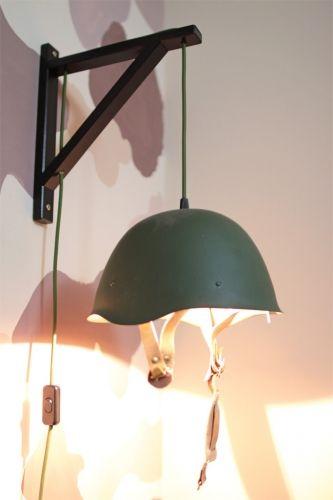 Kiképzés in-dul! - Lámpa harci sisakból