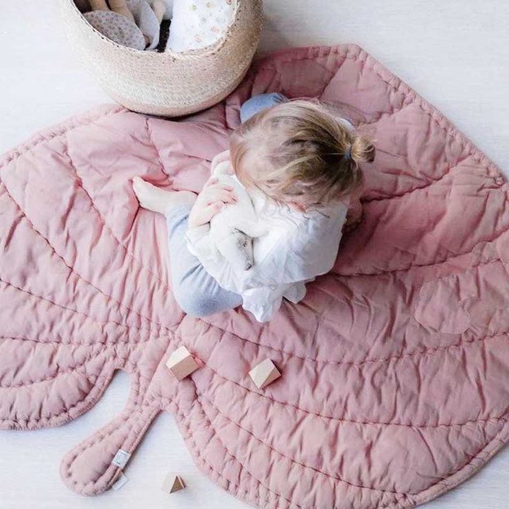 """Notice: One Size: Approximately 38""""<br /> * Leaf pattern<br /> * Material: 100% Cotton<br /> * Machine wash, tumble dry<br /> * Imported<br /> <br /> Activity Mats (play mats) are a wonderfully soft and padded surface that provides your baby with a soft safe zone to play and develop."""