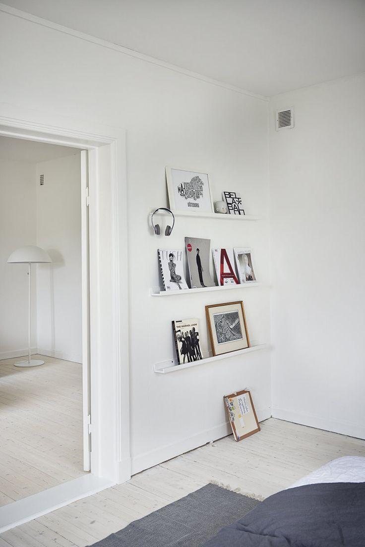 small wall shelves for display