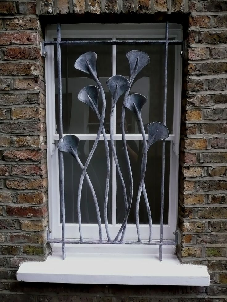 Nick moran blacksmith 39 ginkgo leaf 39 window grille for a house in finsbury park london - Decorative window grills ...