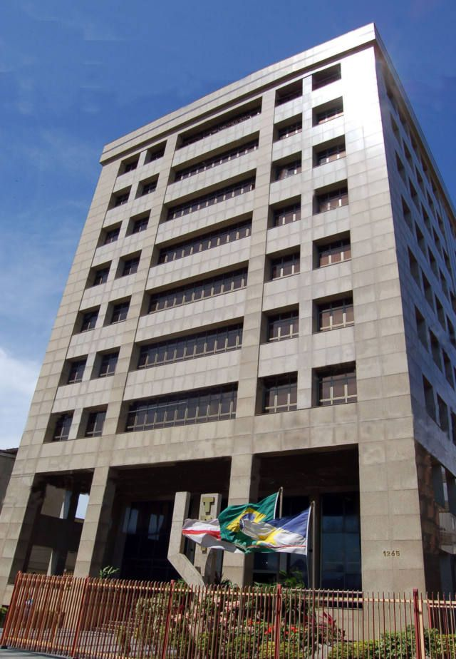 Ex-funcionário dos Correios ganha indenização por sequelas de acidente de trabalho A Primeira Turma do Tribunal Regional do Trabalho da 11