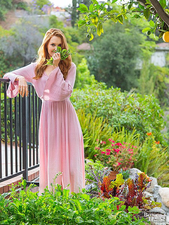 She plays a political gladiator on <i/>Scandal</i>, but there's nothing scandalous about the way Darby Stanchfield spends her off-set hours. You'll find her gardening around her Los Angeles home and loving every minute of it.