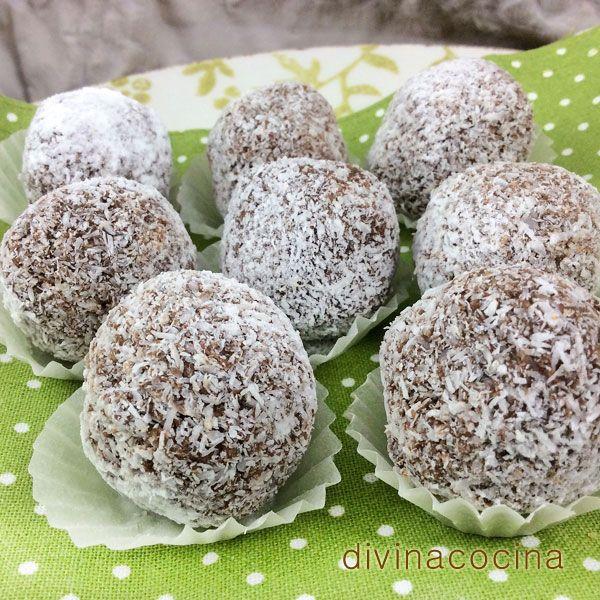 Estas trufas de chocolate y coco se pueden preparar con cualquiera de las recetas tradicionales de las trufas añadiendo a la masa un poco de coco rallado.