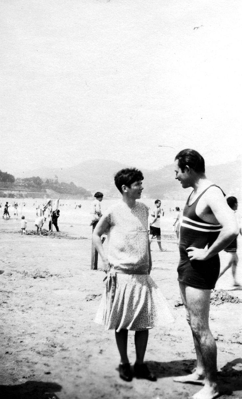 Ernest Hemingway and Pauline Pfeiffer on the beach, San Sebastian, Spain, 1927.