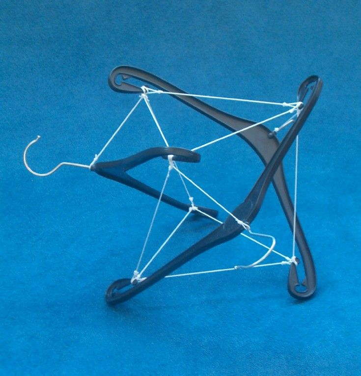 3-strut, curved-strut tensegrity from coat hangars.