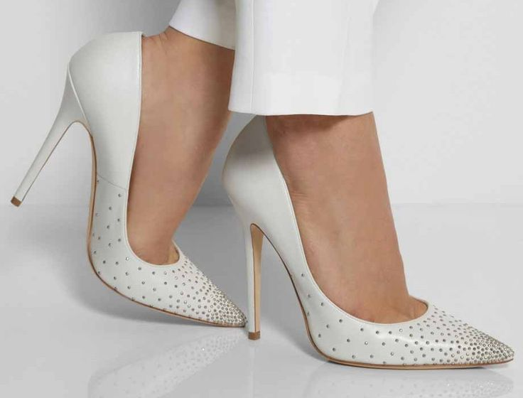 the Jimmy Choo Anouk Studded leather pumps would suit a fashion forward bride looking to mix the alternative with the traditional. The studs but a the sexy back in to a classic pair of pumps and makes it an altogether interesting and chic choice.