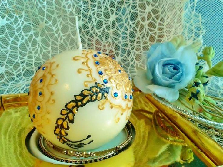 candela decorata con fiori color oro e strass blu di scintilledicolore su Etsy