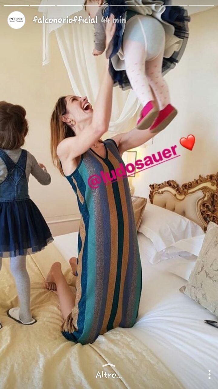 falconeri instagram stories festa della mamma 4    https://giodit.com/2017/05/15/la-festa-della-mamma-celebrata-dalle-aziende-sui-social/