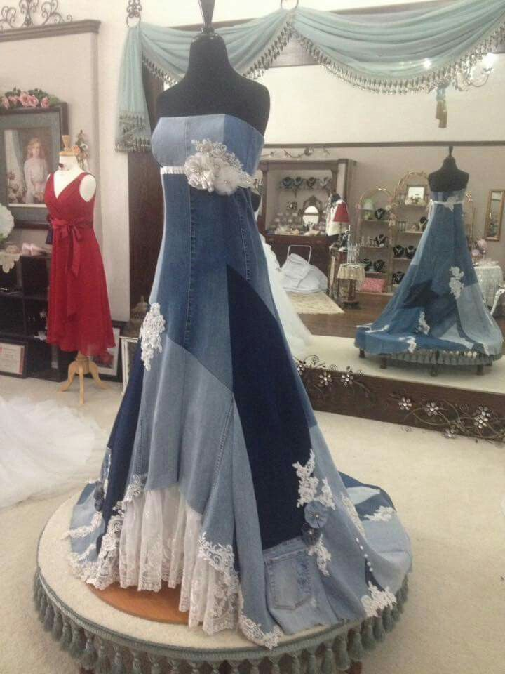 Saw This On A Fb Post And Now I Can T Find It In Order To Give The Creator Credit If Anybody Knows Coul Denim Wedding Dresses Denim Wedding Upcycle Clothes