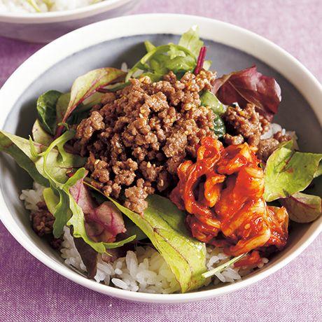 そぼろビビンバ | 藤井恵さんの混ぜご飯の料理レシピ | プロの簡単料理レシピはレタスクラブニュース