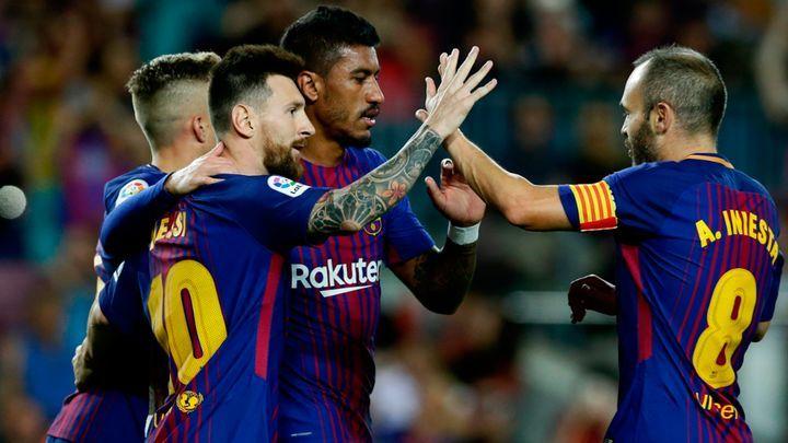 ] MADRID, Esp. * 19 de septiembre de 2017. Reuters El Barcelona arrolló 6-1 al Eibar como local con una gran actuación de su emblema Lionel Messi, quien marcó cuatro goles, para mantener su marcha perfecta en el inicio de la liga española de fútbol. Messi abrió el marcador de tiro penal a los 21...