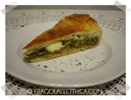 PIZZA DI SCAROLA fragolaelettrica.com Le ricette di Ennio Zaccariello #Ricetta