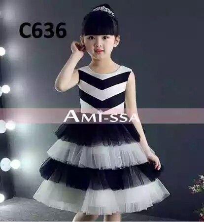 C636 Amissa zig-zag black-white Dress  Harga : 160.000 Bahan : Sateen kombinasi tille dalaman lapis furring  Ukuran :  90   (2T) 100 (3T) —SOLD 110 (4T)   For Order ⏬  WA : 081318986998  LINE : r.a.kbabyshop   Follow account r.a.k_house_baby at  IG : @r.a.k_house_baby  FB : Rajendra Arthur Keano (Baby Shop)