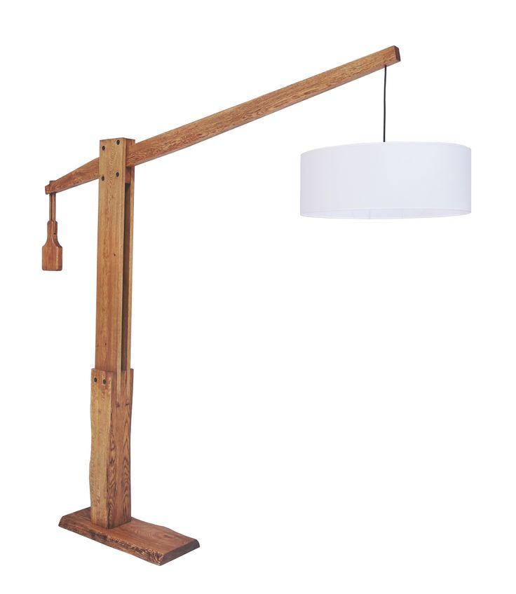 Ένα φανταστικό φωτιστικό δαπέδου από μασίφ ξύλο δρυ. Παράγεται σε διάφορες αποχρώσεις τόσο στην ξύλινη επιφάνειά του, όσο και στο χρώμα του καπέλου.    website: www.amass.gr  #wood #sofa #home #kitchen #references #chear #armchair #decor #design #karekles #trapzia