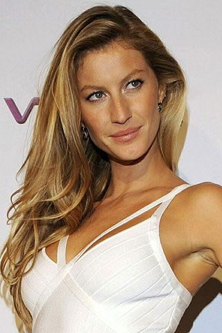 Gisele Bundchen biography (Vogue.com UK)