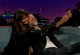 fangirl-utopia: Halle Berry & Jeffrey Dean Morgan being adorable on The Late, Late Show with James Corden (5/20/2015)
