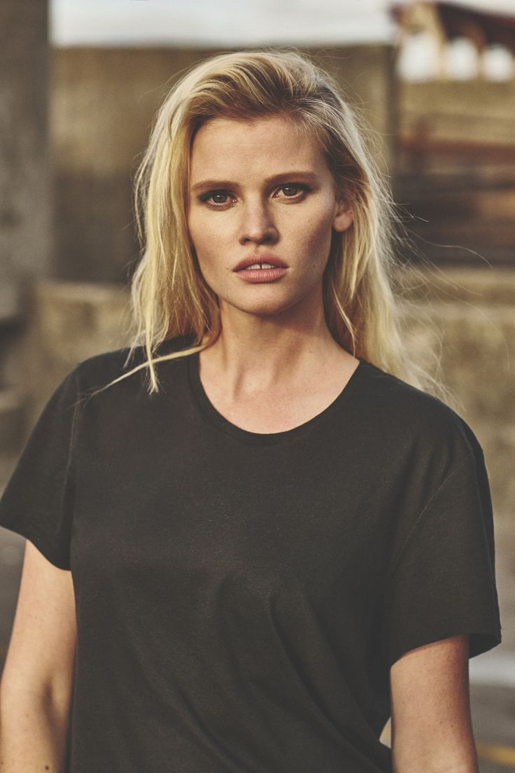 Lara Stone by Emma Tempest for Russh Magazine #66 October:November 2015 4