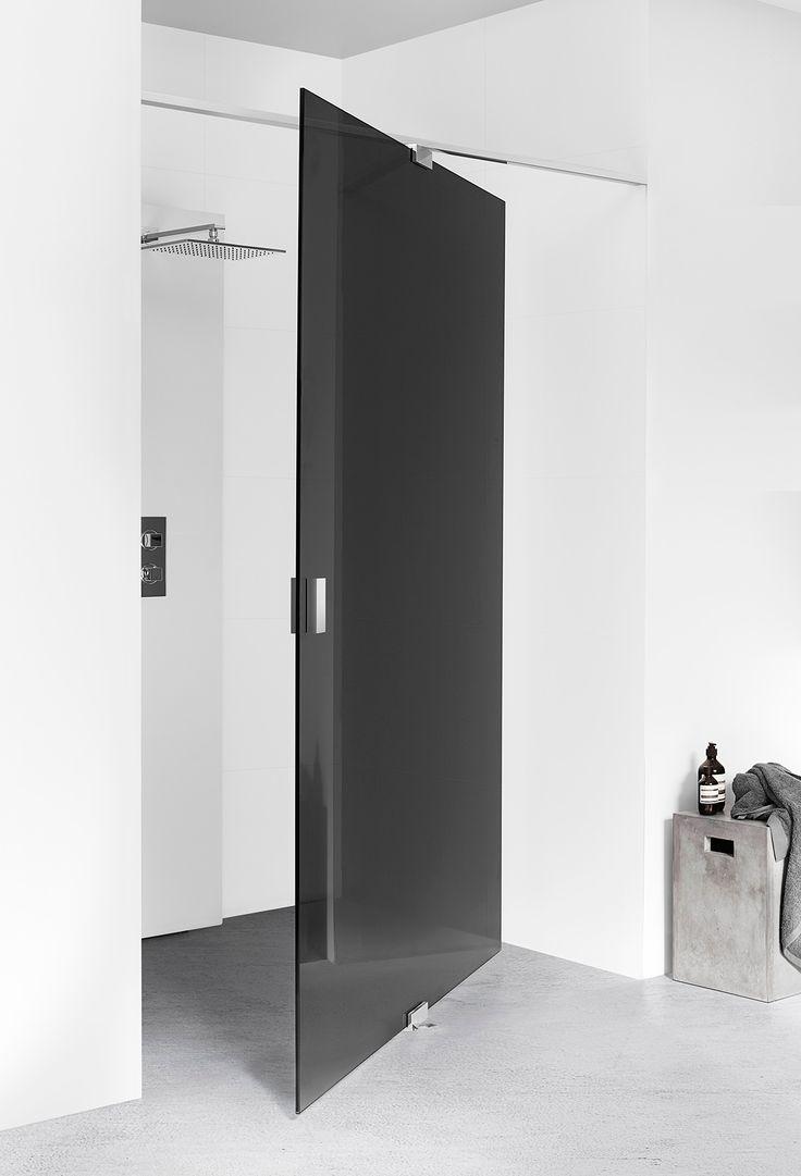Mörk duschvägg - INR