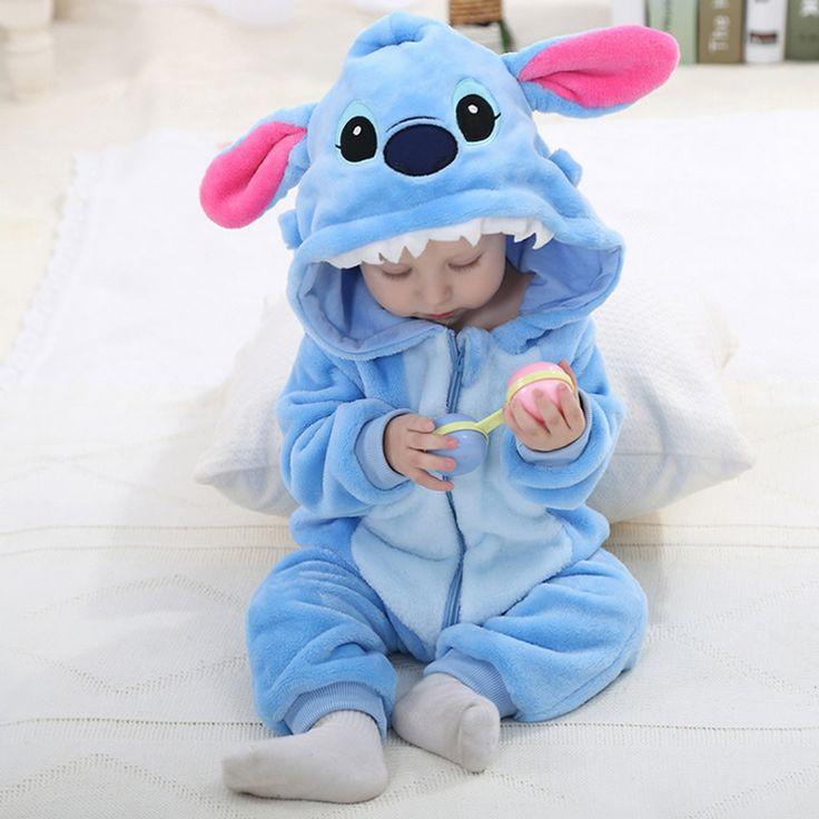 2017 lindo bebé de dibujos animados conjunto de pijama de algodón novedad mamelucos del bebé niño niña azul stitch animal mamelucos hello kitty panda de una sola piezas