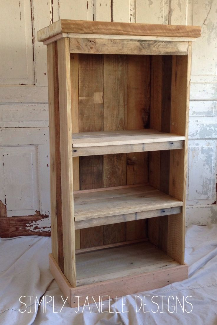 24 best pallet bookcases images on pinterest woodworking for How to build pallet shelves