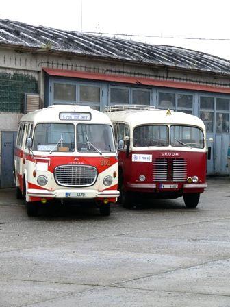 Škoda 706 RO en RTO mooie vormen