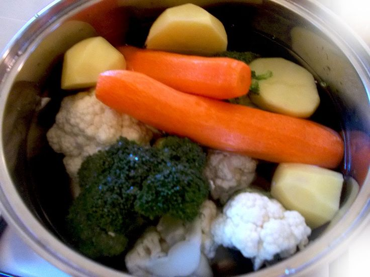 Εύκολη σούπα με λαχανικά - Φτιάχνω σούπα λαχανικών - συνταγή